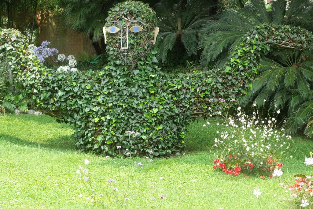 Hruska Botanical Garden - LakeApp